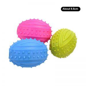 צעצוע לכלב כדור סגלגל מצפצף